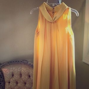 Dresses & Skirts - Yellow cocktail/prom dress